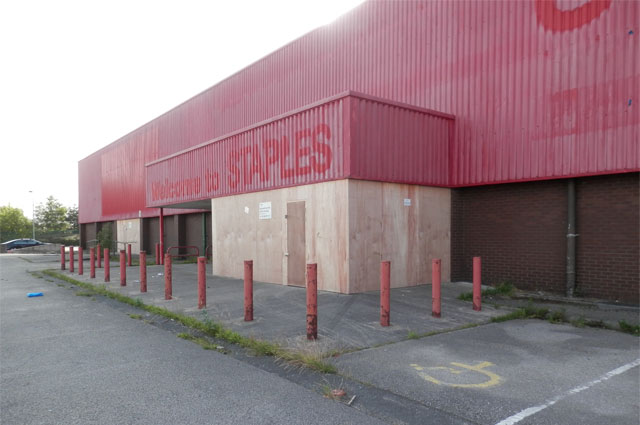 Redevelopment of existing site to create new retail facilities 3